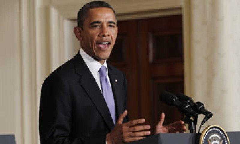 Barack Obama tiene el compromiso de recorrer EU para promover su proyecto de ley, pero sus escalas se centran en estados donde ningún partido tiene asegurada la mayoría de votos. (Foto: Reuters)