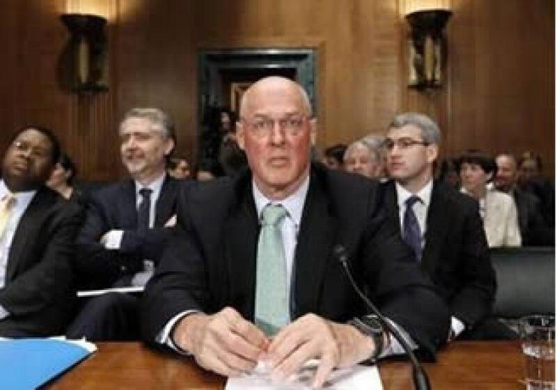Henry Paulson defendió una mayor regulación financiera pero sin sofocar la innovación en los mercados. (Foto: Reuters)