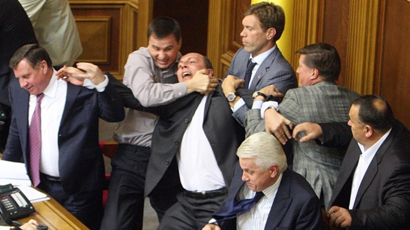 Ucrania Parlamento pelea 2