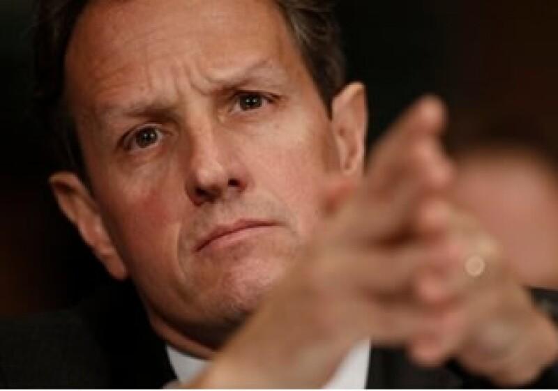 El secretario del Tesoro, Tim Geithner, indicó que 99% de los bancos estaría exento de pagar el gravamen. (Foto: AP)