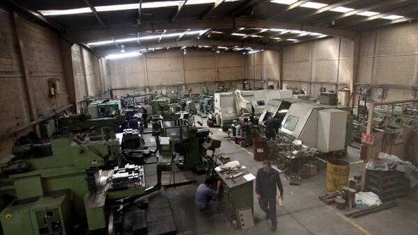 Tambi�n se apoya a los clientes a incrementar la productividad de sus equipos.