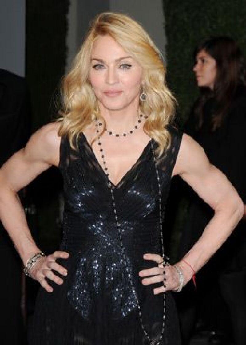 La Reina del Pop piensa volver al estudio para grabar nuevos temas para un próximo álbum de grandes éxitos.