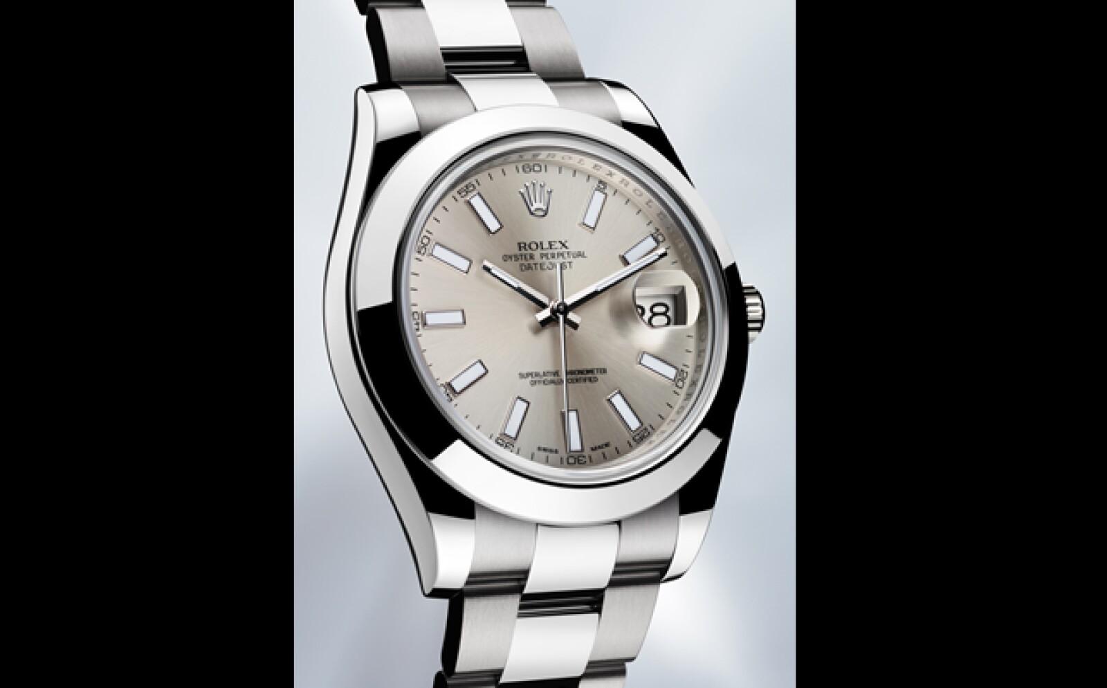 Ofrece una caja de acero de 41 mm con una resistencia al agua de 100 metros. Tiene un movimiento 3136, ciento por ciento manufactura Rolex con certificación cronométrica aprobada por el COSC. Su reserva de marcha es de 48 horas.