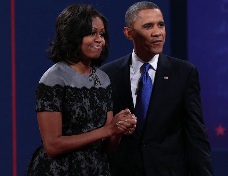 """Al ser cuestionada sobre si prefiere que Barack lleve boxers o slips, la primera dama de Estados Unidos respondió apenada """"Ninguno de los anteriores""""; durante un programa de TV."""