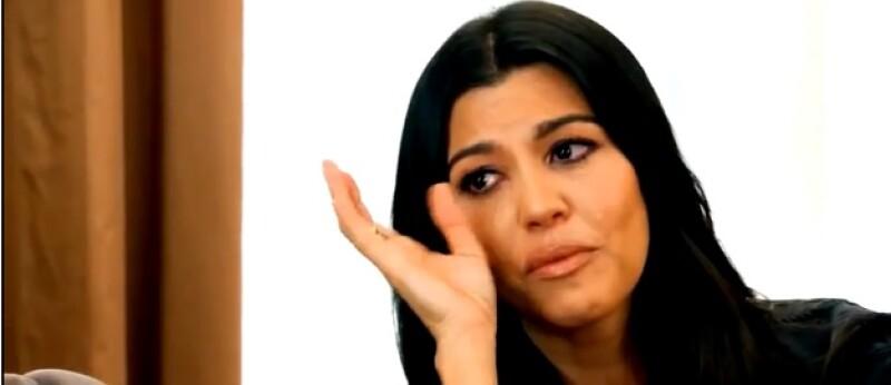 En un nuevo avance de Keeping Up With The Kardashians finalmente es revelado el momento en el que Kourt descubre el engaño de su pareja y padre de sus hijos.