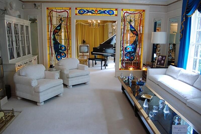 Uno de los salones del interior de la mansión.
