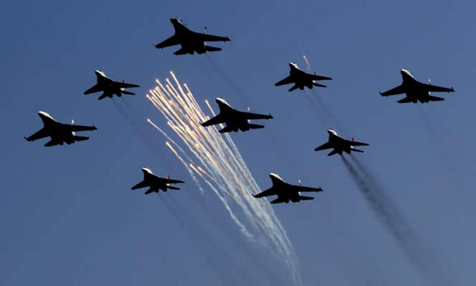 La industria de aviación rusa bajó durante los duros tiempos que siguieron al desmantelamiento de la Unión Soviética en 1991.