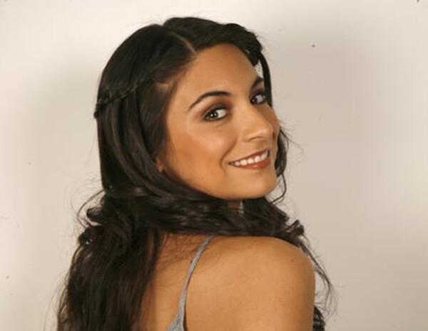 La mujer que no podía amar es el primer protagónico que realiza la guapa actriz mexicana.