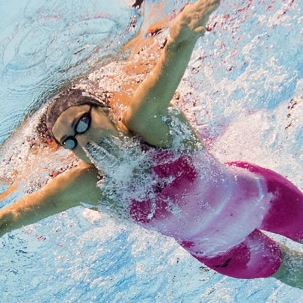 competencia de natación