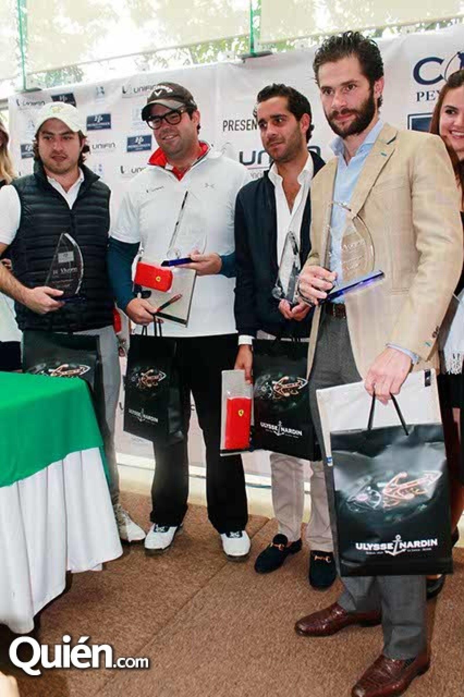 Tercer Lugar: Adolfo Fernández,Santiago de la Torre,Rodrigo Lebois y Santiago Creel