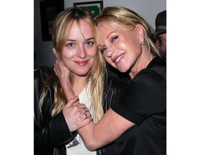 La actriz comentó que es la madre más feliz y orgullosa por el papel que interpretará su hija Dakota en dicho filme.