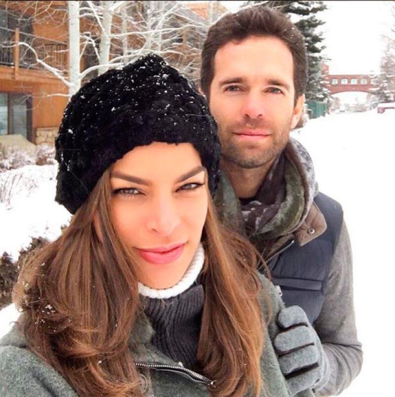 La pareja soprendió con el anunció de su compromiso y meses después con el de su embarazo.