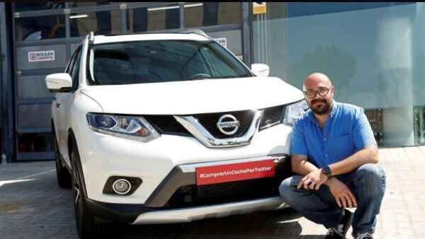 Nissan utilizó Periscope para mostrarle el vehículo al usuario que manifestó su deseo de adquirir un auto.