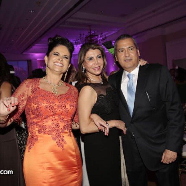 Perla Díaz de Ealy,Sylvia Sánchez de Beltrones,Manlio Fabio Beltrones