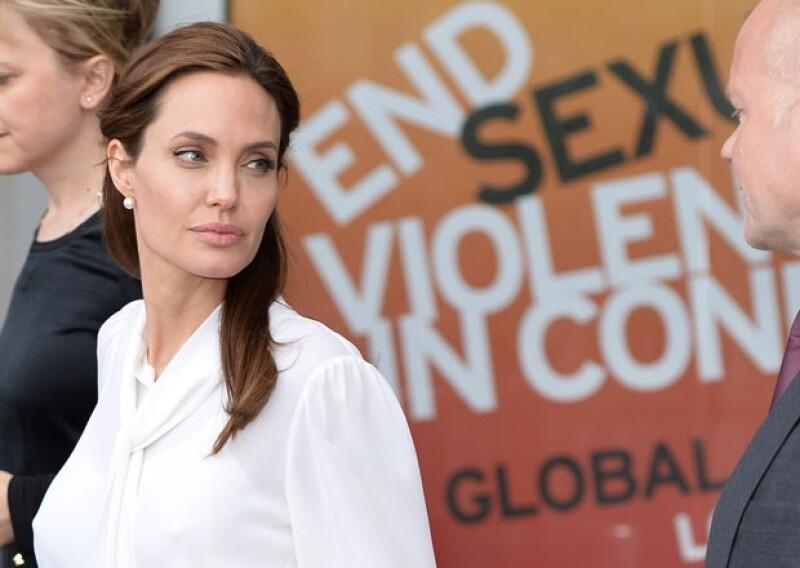 La actriz viajó a Londres para acudir a una cumbre contra la violencia sexual. En entrevista explicó que la película de Disney que protagonizó, tiene como núcleo el abuso y su superación.