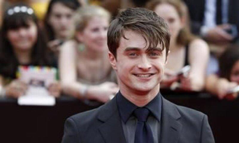 El actor es seguido por la actriz Keira Knightley y el actor Robert Pattinson. (Foto: Reuters)