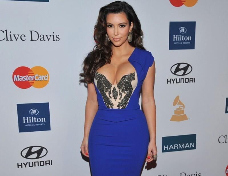 Kardashian disfruta de lucir su figura en la mínima provocación.