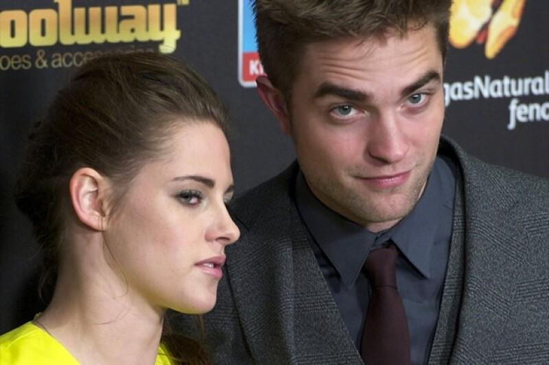 Kristen Stewart y Robert Pattinson, luego de su reconciliación, promocionaron la última película de Crepúsculo por todo el mundo, sin embargo poco después terminaron nuevamente.