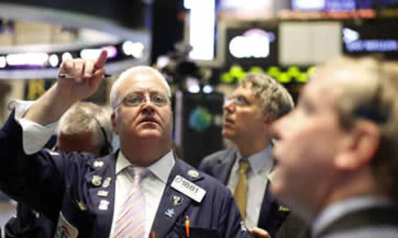 Los inversionistas mexicanos pueden acceder a las acciones del índice más importante de Wall Street. (Foto: Reuters)