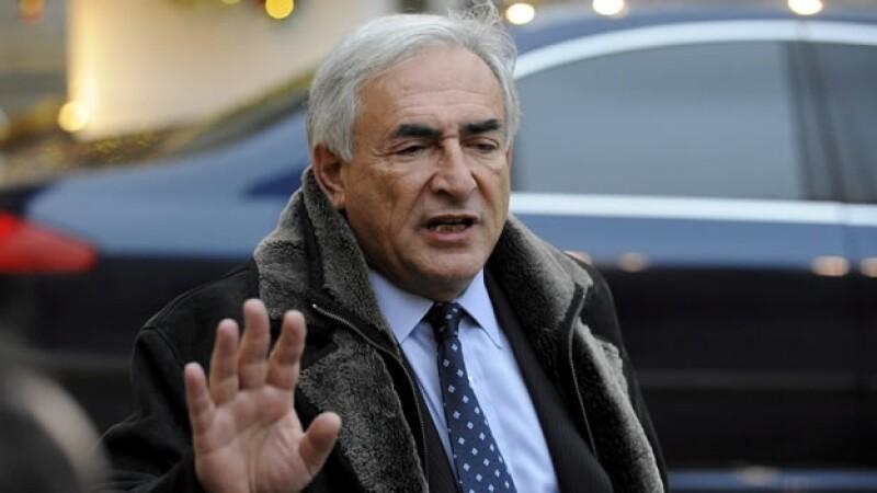 Strauss-Kahn llega a Francia