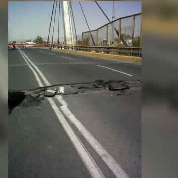 sismo afecta puente vehicular Ignacio Zaragoza