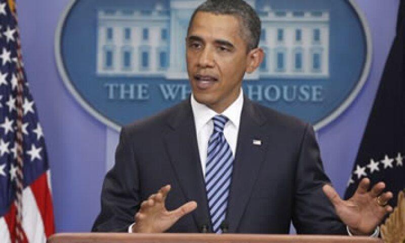 El presidente Obama quiere terminar con las rebajas de impuestos a los ciudadanos más ricos. (Foto: AP)