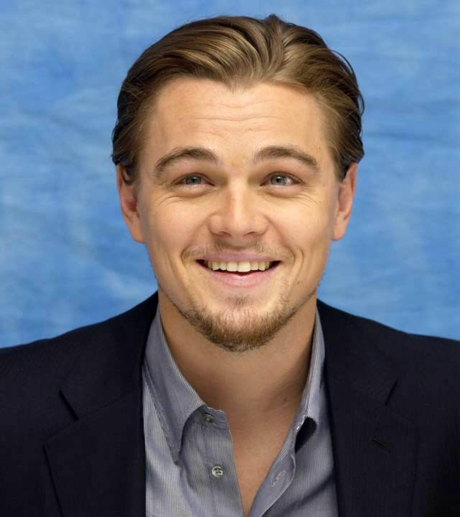 Leonardo inició un noviazgo de 5 años con la modelo Gisele Bundchen que terminó en 2005.