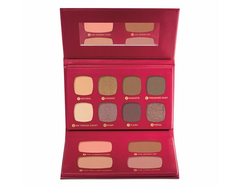 BareMinerals The Regal Wardrobe Eye and Cheek Palette. 560 pesos. sephora.com.mx