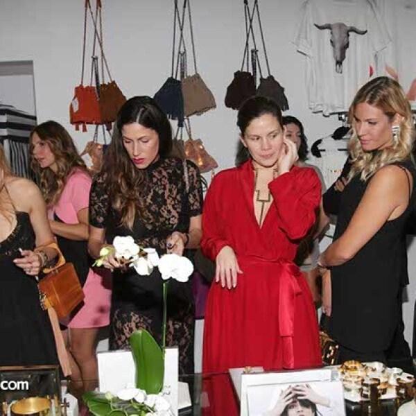 Stefani De La O,Erika Saylor,Mónica Sordo y Serena Bassil