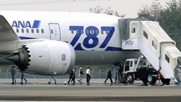 Boeing ha vendido alrededor de 850 de sus nuevos aviones.  (Foto: Reuters)