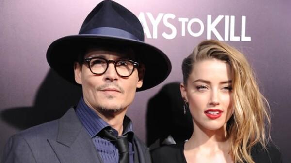 Johnny Depp y Amber Heard durante la premier de