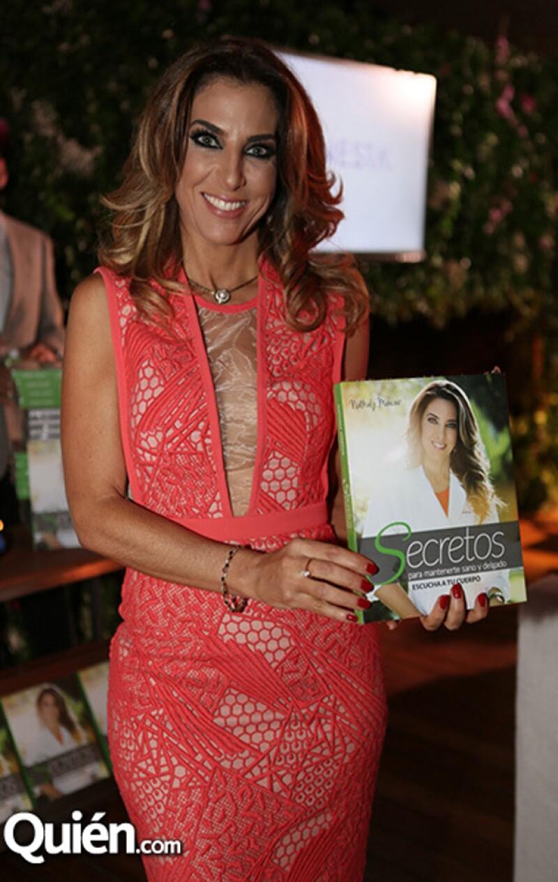 Nathaly es fundadora y directora de la clínica Bienesta.