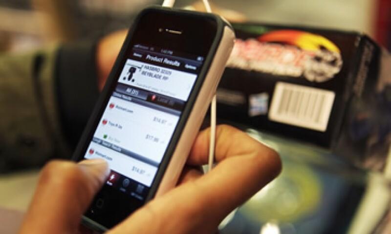 El 67% de los usuarios de teléfonos inteligentes se interesan en pagos móviles, según el ejercicio. (Foto: AP)