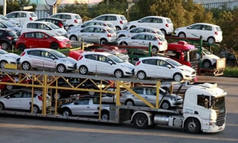 En julio se exportaron 226,511 vehículos. (Foto: Reuters )