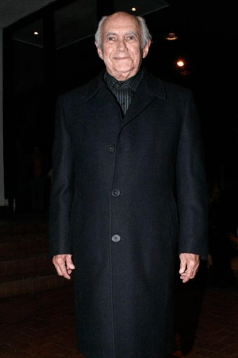 El actor de doblaje y humorista falleció en la Ciudad de México luego de pasar varias semanas en recuperación de problemas del corazón.