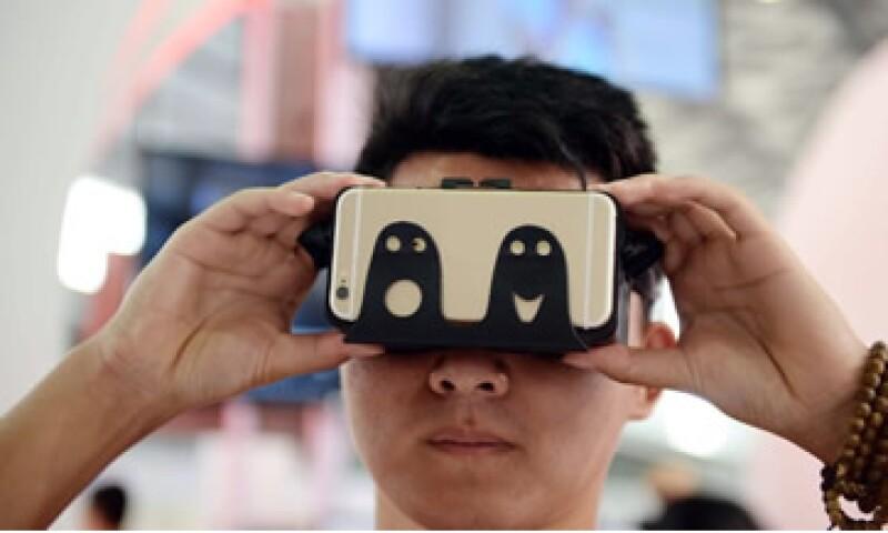 Las startups presentaron sus innovaciones en el Unveiled del CES. (Foto: CNNMoney)