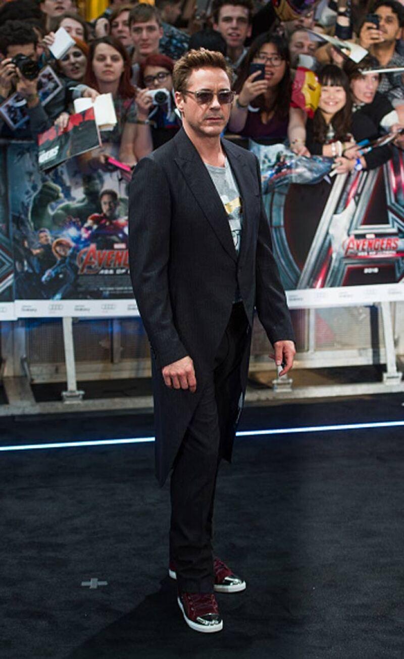 Increíble interpretando Iron Man.