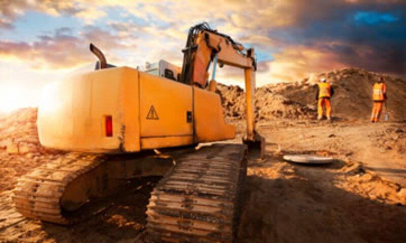 Las empresas mineras serán más rentables si reducen costos de operación electricos. (Foto: Getty Images)