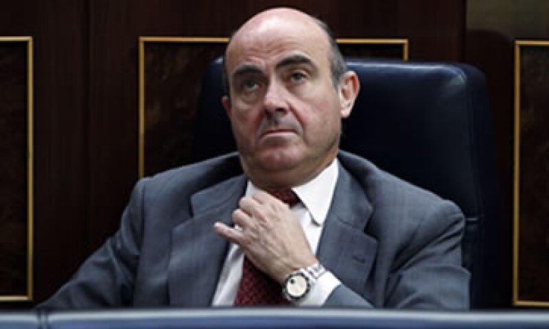 Luis de Guindos, ministro de Economía español declaró que el estancamiento económico amenaza el Estado de Bienestar.  (Foto: AP)