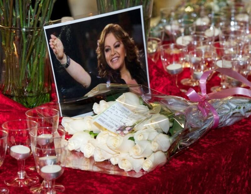 La cantante falleció el 9 de diciembre en un trágico accidente.