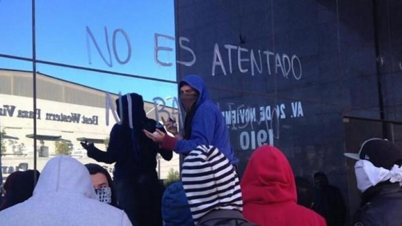 Normalista en Durango toman medios