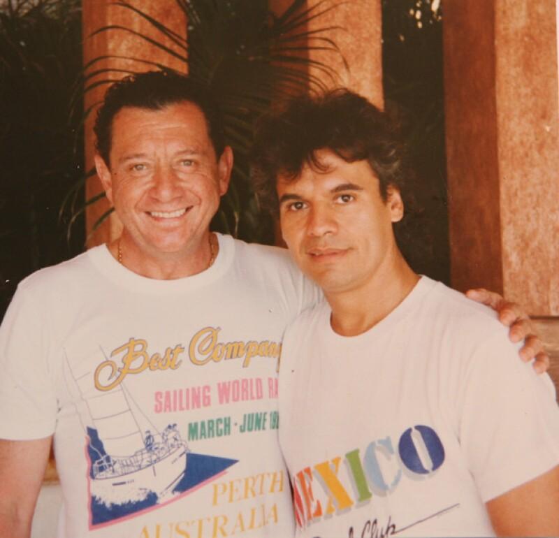 Sergio Berger, Pepe Díaz Gaby Vargas y más personajes nos expresaron su sentir por el fallecimiento del iconico cantante mexicano.