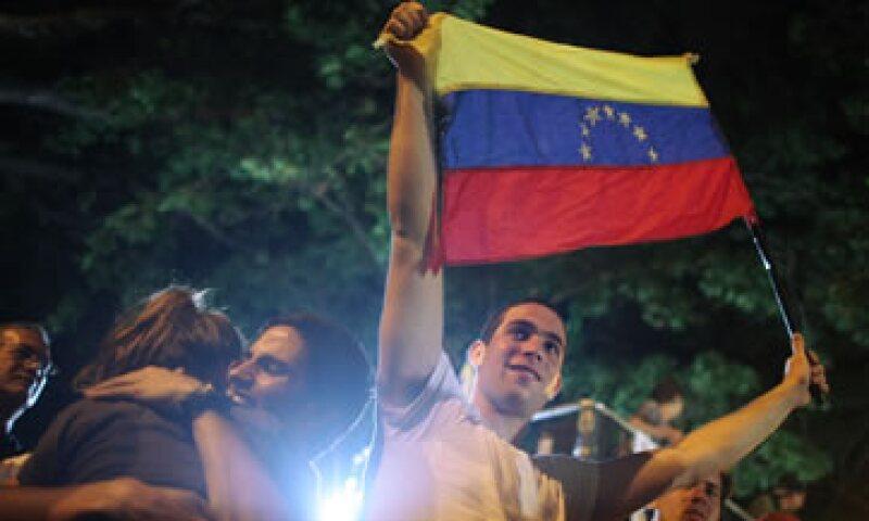 Los votantes venezolanos deberán elegir entre dos principales frentes políticos. (Foto: Getty Images)