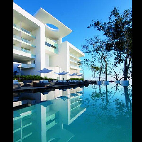 La arquitectura y el diseño del Hotel Encanto están pensadas para favorecer la presencia continua de luz.
