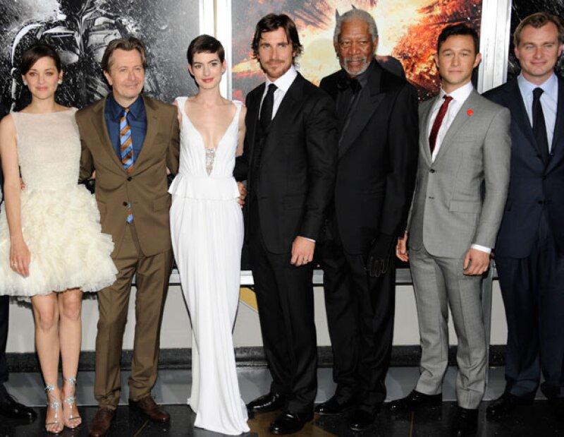 """Debido a los trágicos eventos en Colorado, Warner Bros. Pictures canceló la visita programada para este lunes de parte del elenco y de los realizadores de """"Batman: El Caballero de la Noche Asciende""""."""