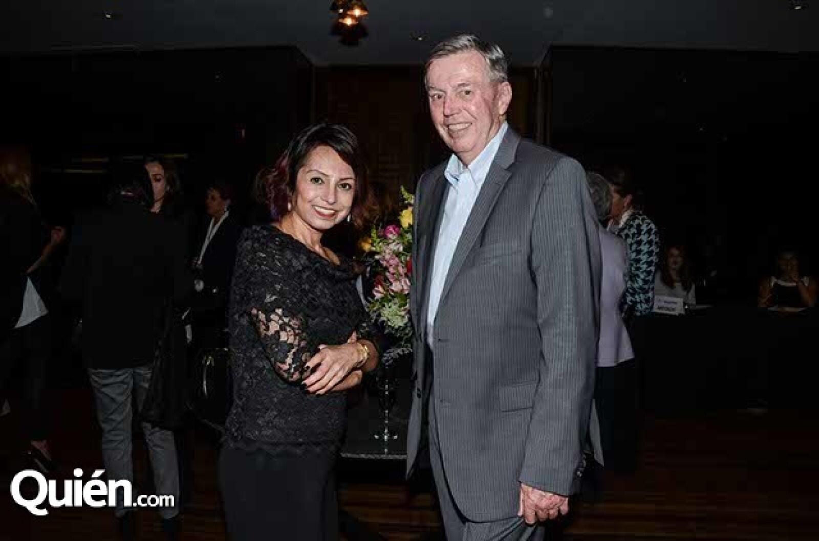 Gloria Torres y Grainer Lenz.