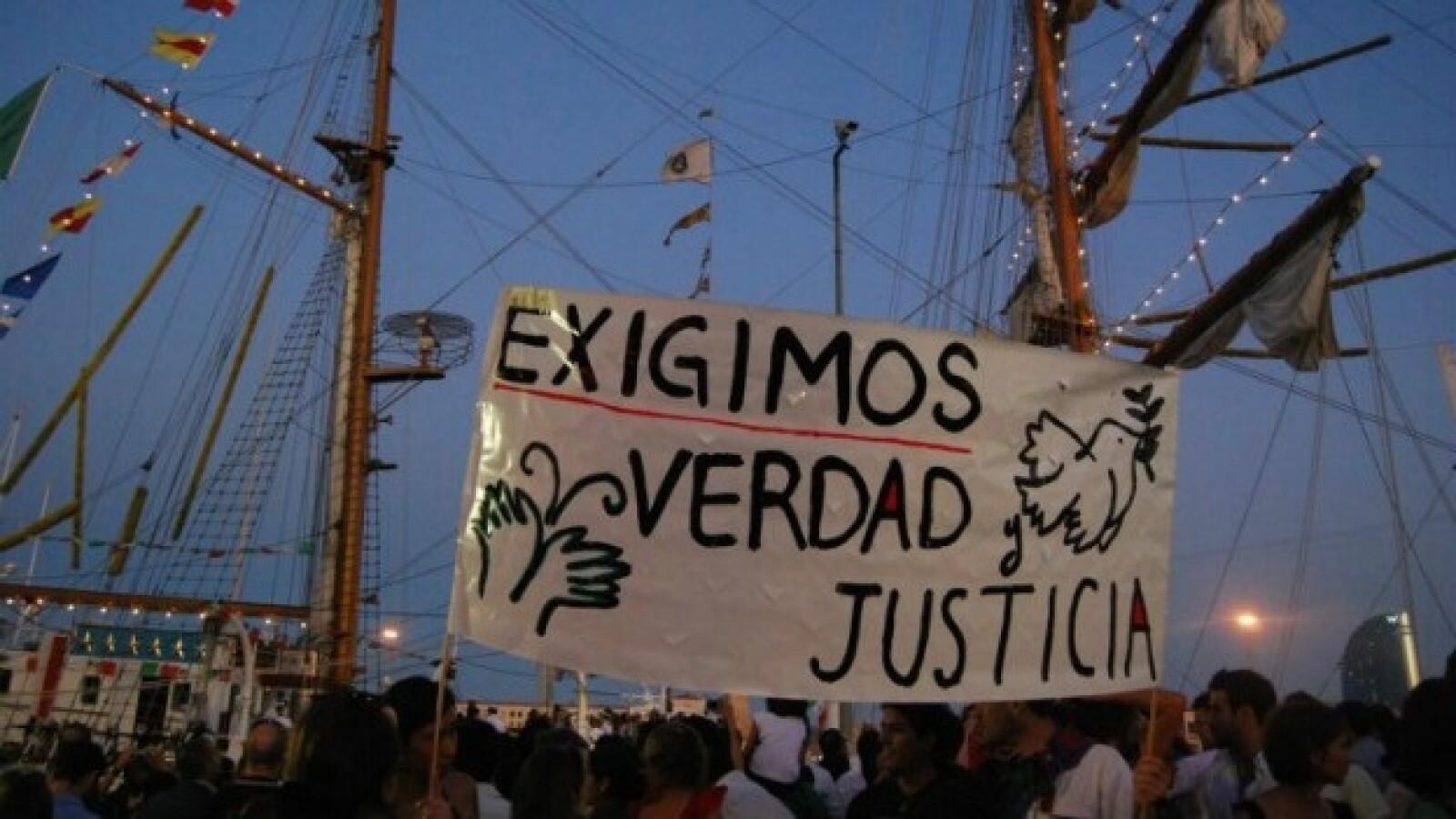 protesta en el buque cuauhtemoc