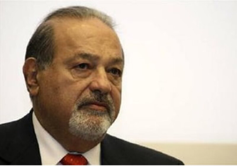 El empresario Carlos Slim llamó a que lo reunido por el impuesto a emisiones se destine al desarrollo de tecnología. (Foto: Reuters)