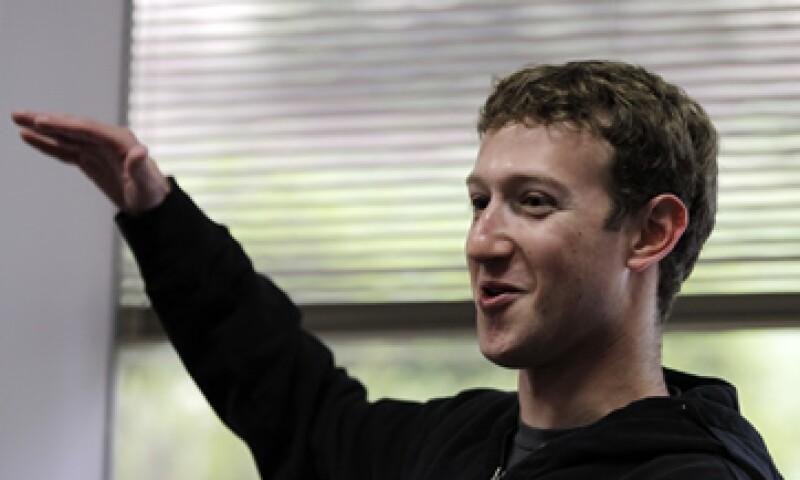 Mark Zuckerberg busca recaudar 5,000 millones de dólares en la Bolsa. (Foto: AP)