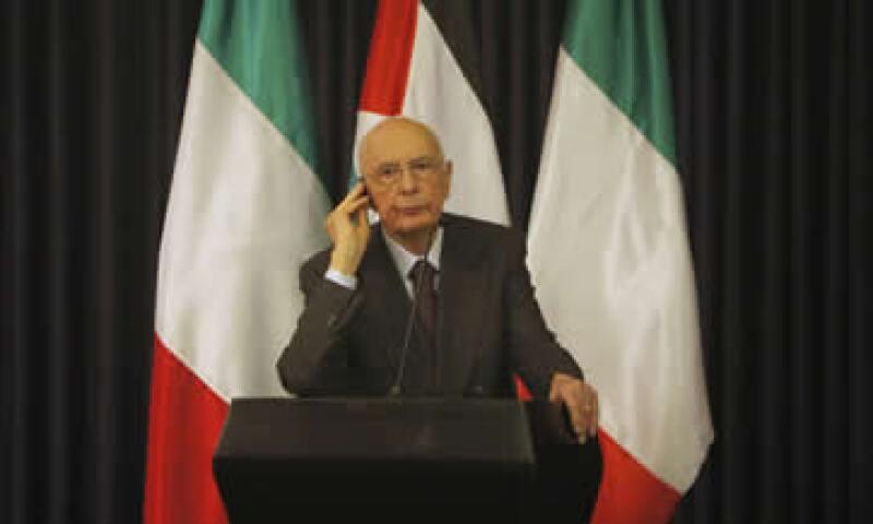 Napolitano, quien ha tenido una participación cada vez más activa en la crisis, dijo que se había visto obligado a emitir su comunicado debido a la presión sobre los bonos del Gobierno. (Foto: AP)